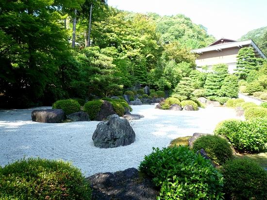 13.庭園.jpg
