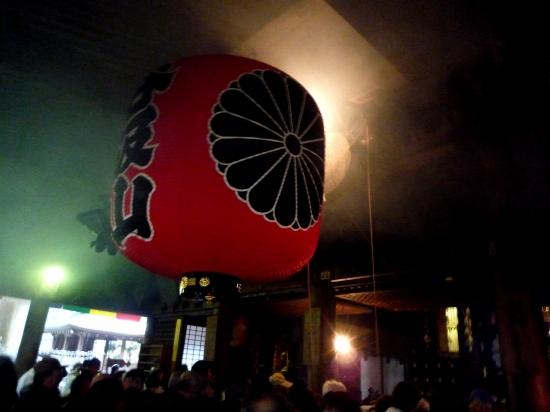 煙る本堂.jpg