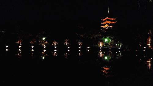 猿沢池3.jpg